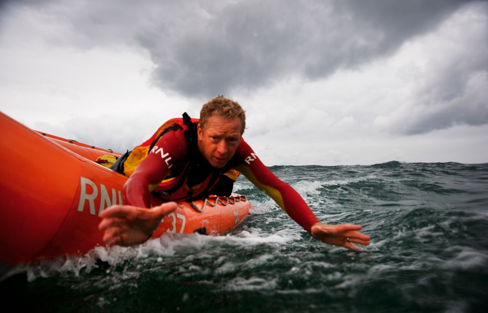 nigel-millard-lifeguard-rescue-arancia_small