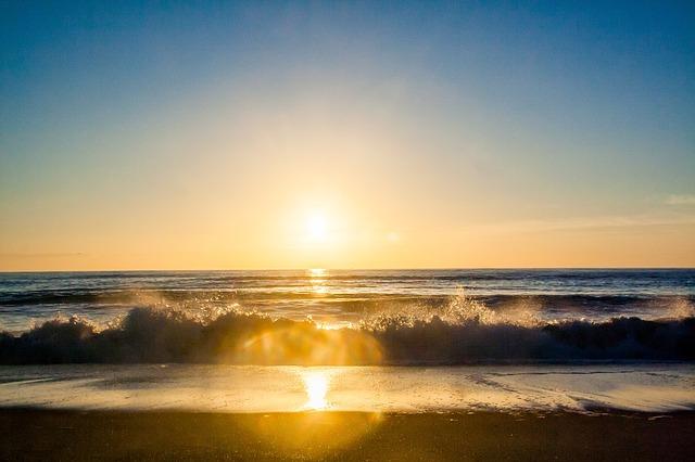 sunset-926440_640